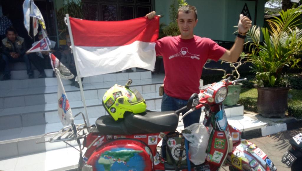 Jauh Dari Italia, Pria Ini Kendarai Vespa Hadiri Asia Vespa Days di Yogyakarta