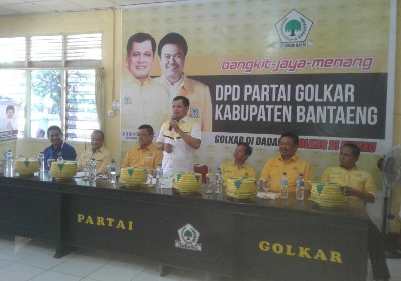 Calon Gubernur Sulawesi Selatan Nurdin halid saat hadir di DPD Golkar Bantaeng. FOTO : SYAMSUDDIN