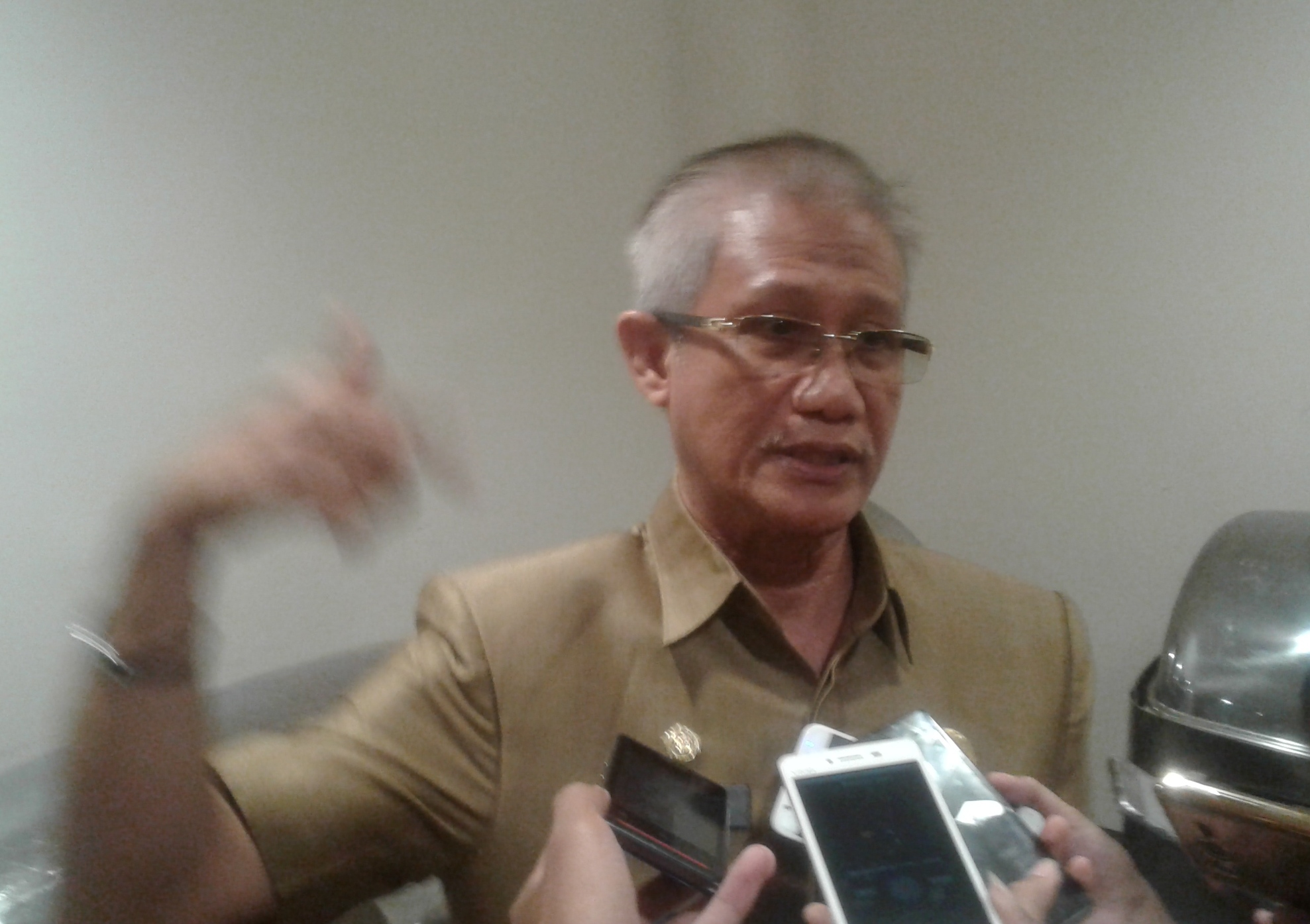 Sekretaris Provinsi Sulawesi tenggara. Dr. H. Lukman Abunawas SH. M.Si. FOTO ; ODEK