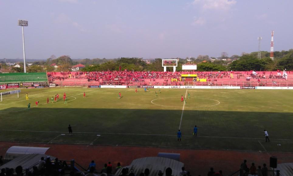 Pertandingan Liga 2 Indonesia Persijap Bungkam Persip Pekalongan 2:0. FOTO : DSW