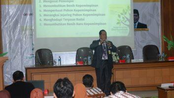 Kepemimpinan Bertumbuh ala Prof. Fathur Rokhman