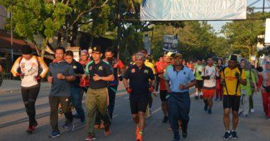 Peringati HUT TNI AD, Korem 143/HO Gelar Lomba Lari