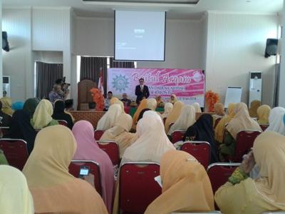 Bupati Bantaeng Nurdin Abdullah Buka Baitul Arqam Aisyiyah Rayon IV di Bantaeng. FOTO : SYAMSUDDIN