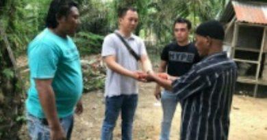 Seorang Warga di Aceh Serahkan Senjata Api ke Polisi