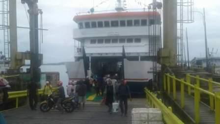 Pengumuman.. Tahun Ini, Kapal Ferry Rute Wanci-KamaruAkan Didock