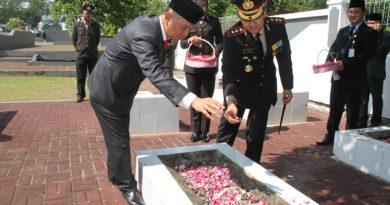 Upacara Hari Pahlawan di Jepara : Perkokoh Persatuan Untuk Membangun Negeri