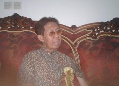 Ketua PWRI Sultra Drs. H. Yusran A. Silondae. M.Si FOTO : HERMAN