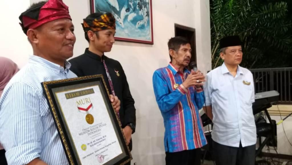 Acara Pekandekandea Kota Baubau Raih Rekor MURI