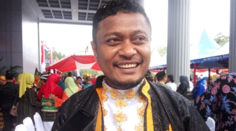 Kena OTT, Bupati Buton Selatan Dibawa Kantor KPK Jakarta