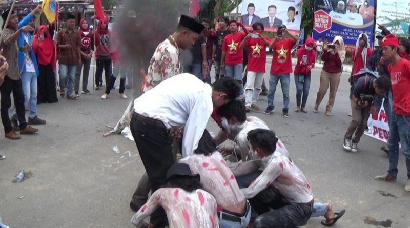Peringati Hari Buruh, Mahasiswa Tuntut Cabut Perpres 20 Tahun 2008