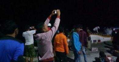 Kapal Fiber Maba Asal Busel Kandas di Pulau Padamarang Kolaka