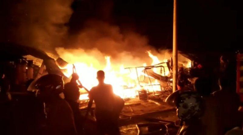 Pasar Laino Muna Terbakar, 7 Kios Pedagang Rata dengan tanah