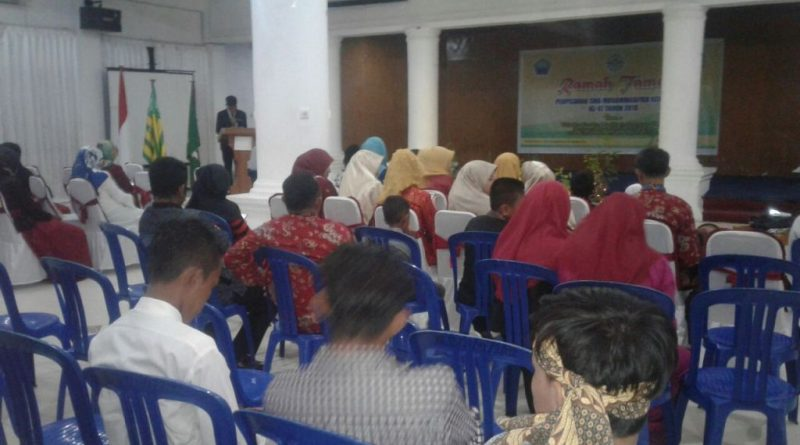 Lulus 100 Persen SMA Muhammadiyah Kendari Gelar Ramah tama