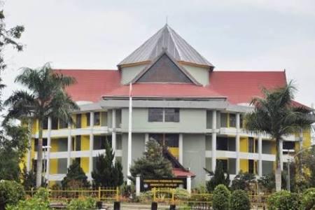 rektorat Universitas Haluoleo Kendari. FOTO : ILHAM