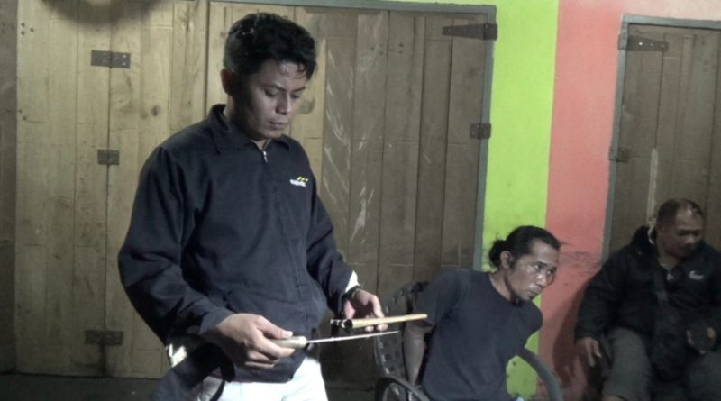 Kedapatan Bawa Sajam, Dua Pemuda Asal Konawe Diamankan di Kolaka