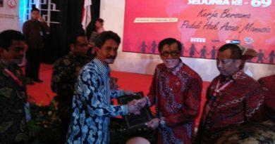Konkep Dianugerahi Penghargaan Peduli HAM