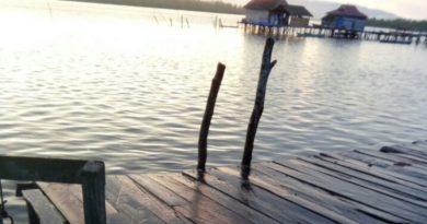 Tambatan Perahu Yang Ambruk Tersundul Ketinting Kaur Desa Diperbaiki