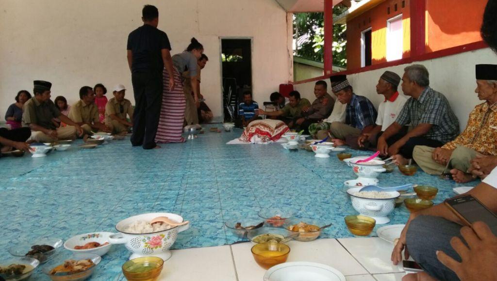 Program ADD/DD Berhasil, Warga Desa Ronta Gelar Syukuran