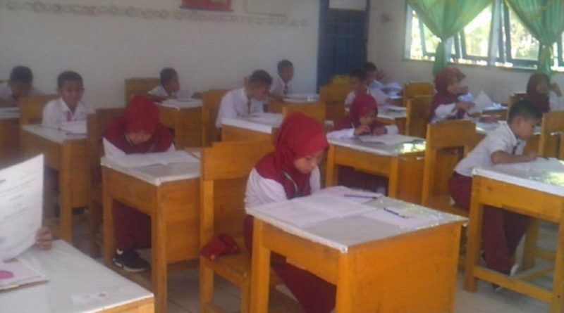Dinas PK Koltim Dinalai Lalai, Cetak Soal SMP/MTs Untuk Siswa SD