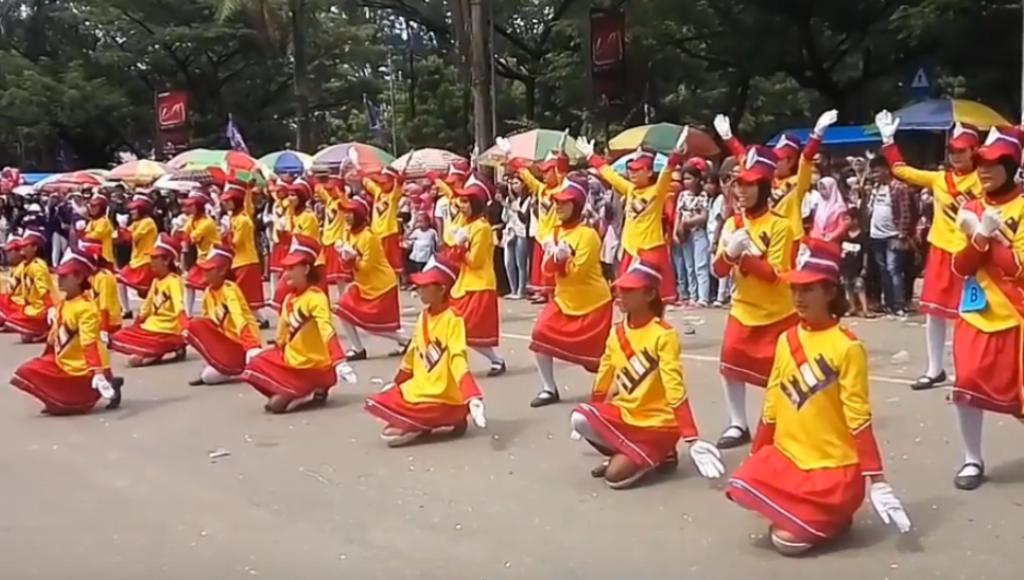 Video, HUT ke 187 Kota Kendari, SMPN 1 Keren Banget!