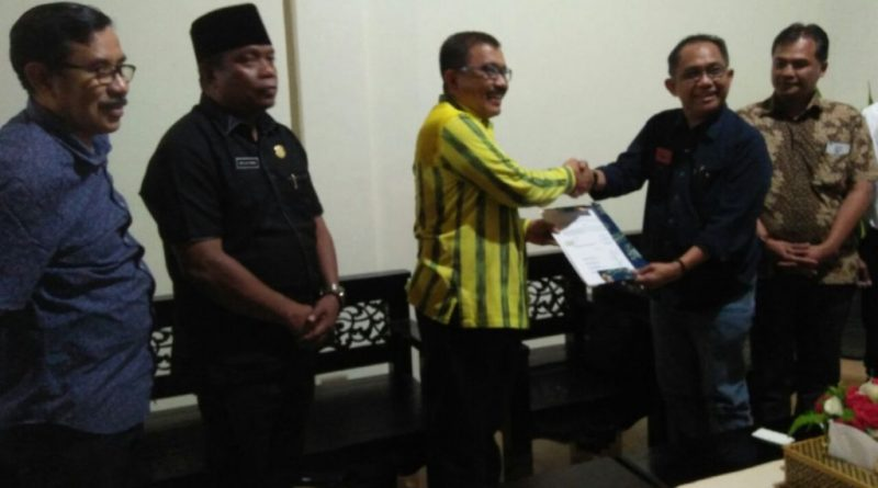 Pemkab Wakatobi Lanjut Kontrak Tenaga Dokter Unhas